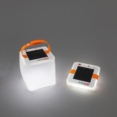 LuminAID zonneenergie noodlantaarn
